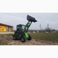 Новый трактор-погрузчик для фермы